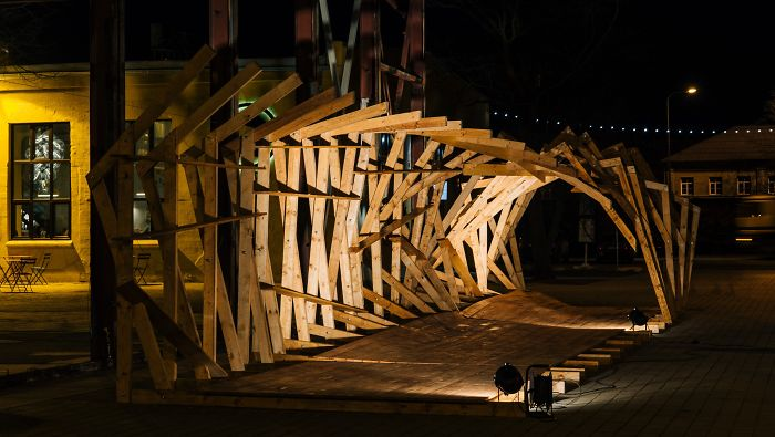 Students Build Three Wooden Installations Imitating The Waves For Tallinn Music Festival