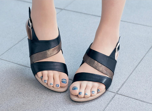 toe-nail-art-polish-stockings-japan-10