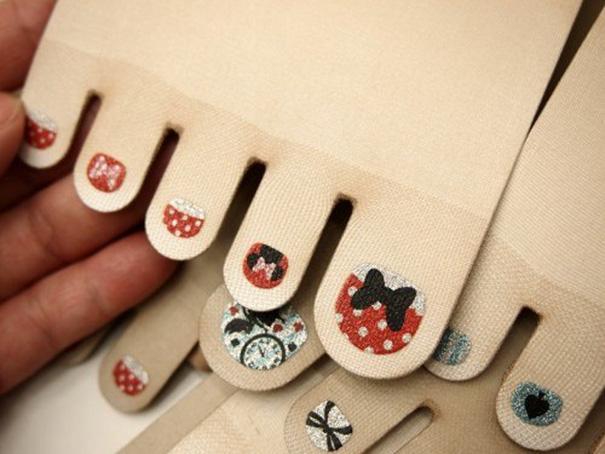 toe-nail-art-polish-stockings-japan-5