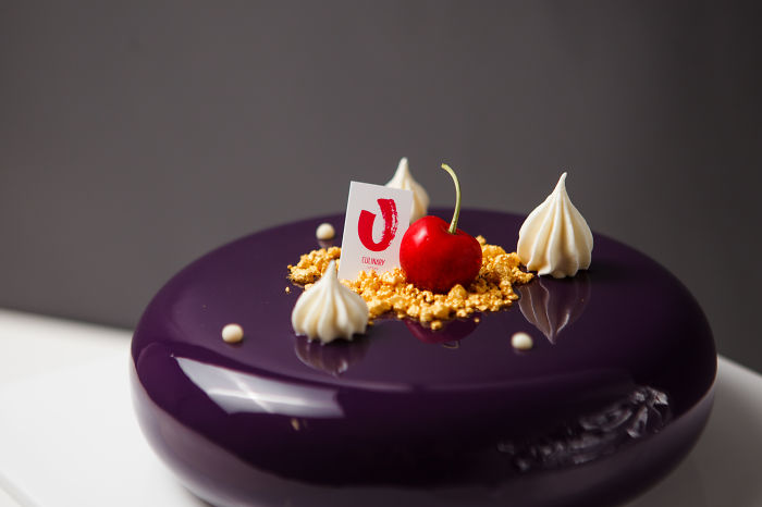 Mirror Cakes In Vip-masters Pastry School