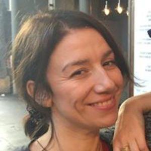 Corinne Unacht