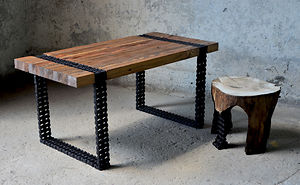We Turned Old Wood And Rusty Chain Into A Coffee-Table