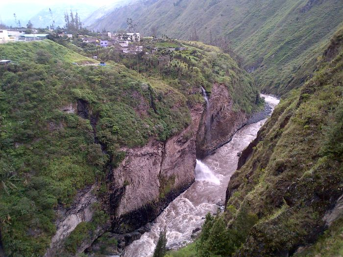 Bridge Walk At Baños De Agua Santa – Ecuador
