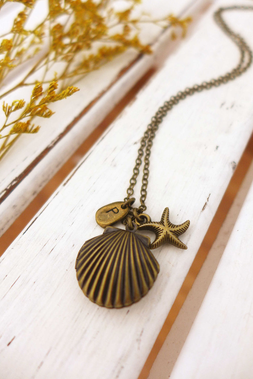 My Hand-Made Beach Jewelry Lets You Carry A Piece Of Summer With You