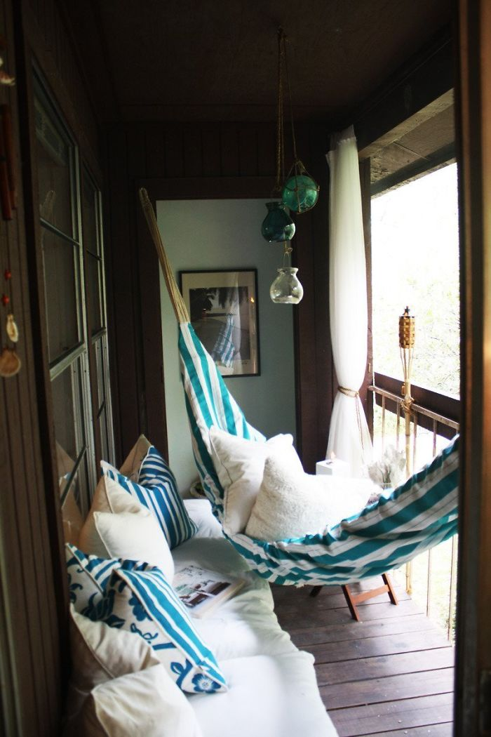 Cozy Balcony Decorating Ideas: 59 Cozy Balcony Decorating Ideas