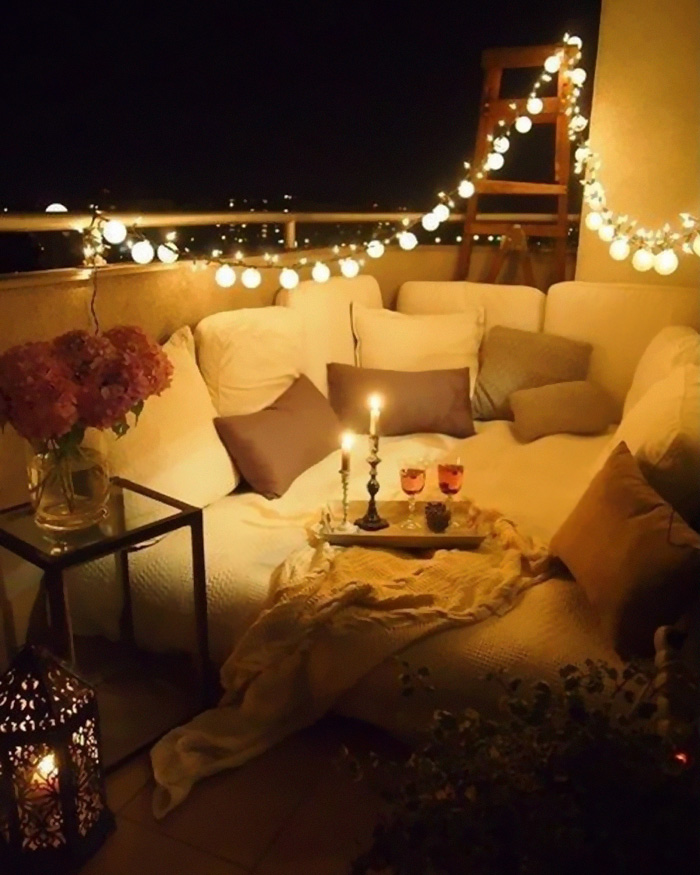 59 Cozy Balcony Decorating Ideas | Bored Panda