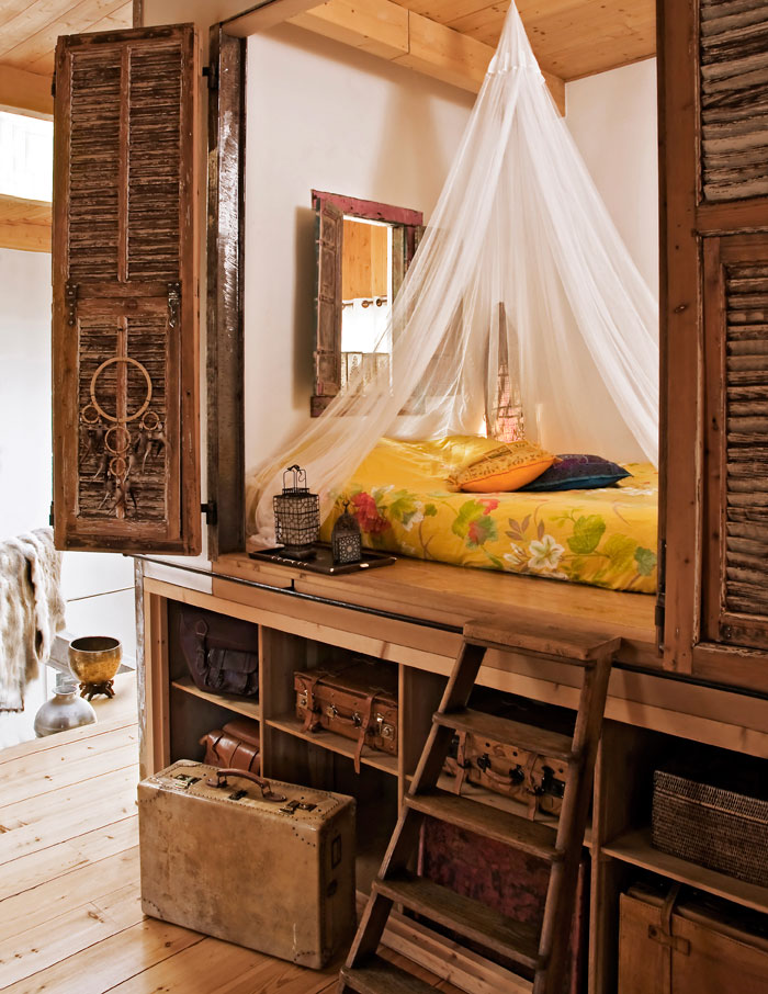 15 reading nooks perfect for when you need to escape this for Cozy reading room design ideas