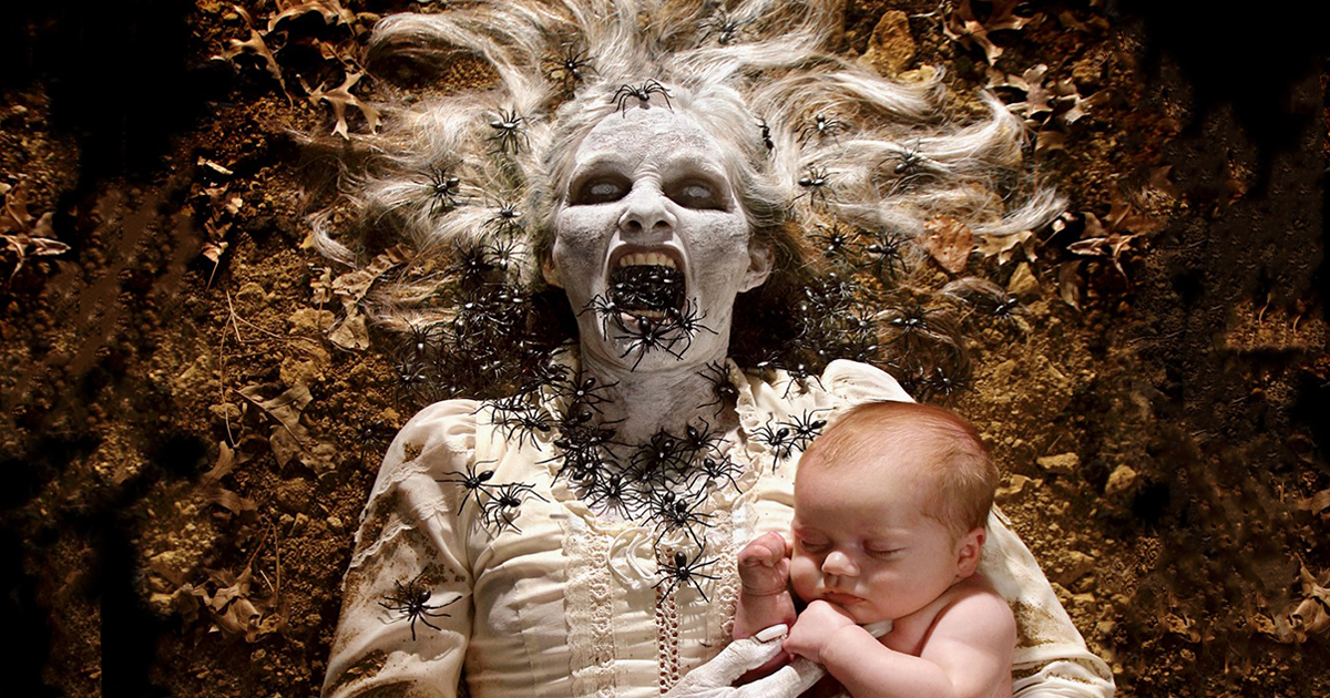 Photographer Dad Creates Horror Photos Together With His Daughters