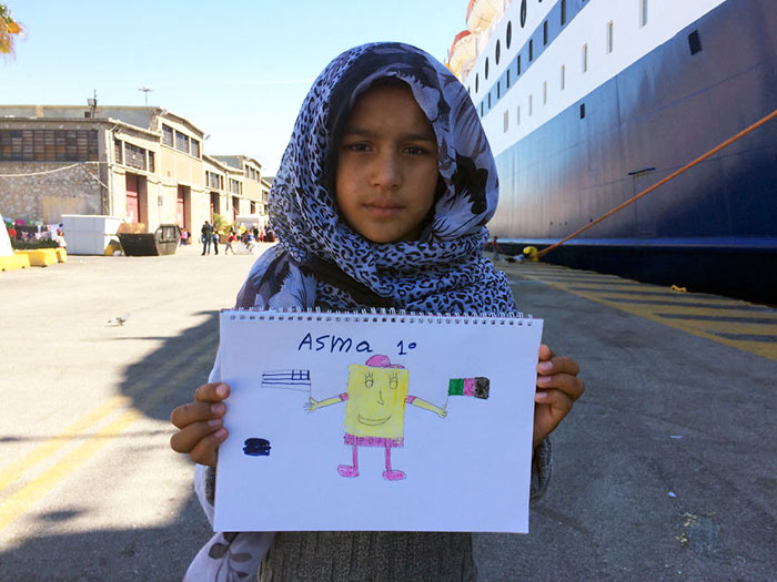 I Photographed Refugee Children Expressing Their Emotions Through Drawings