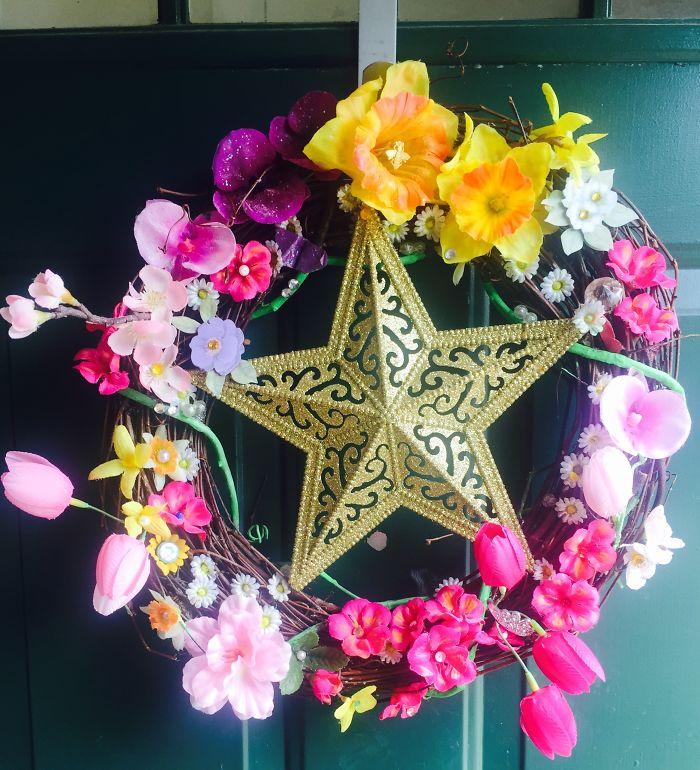I Make Wreaths.
