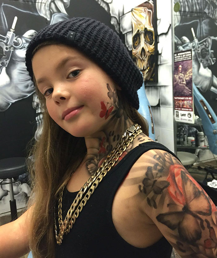 artist gives sick kids awesome tattoos to make life in