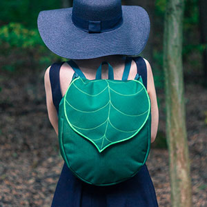 Leaf-Inspired Bags From Budapest