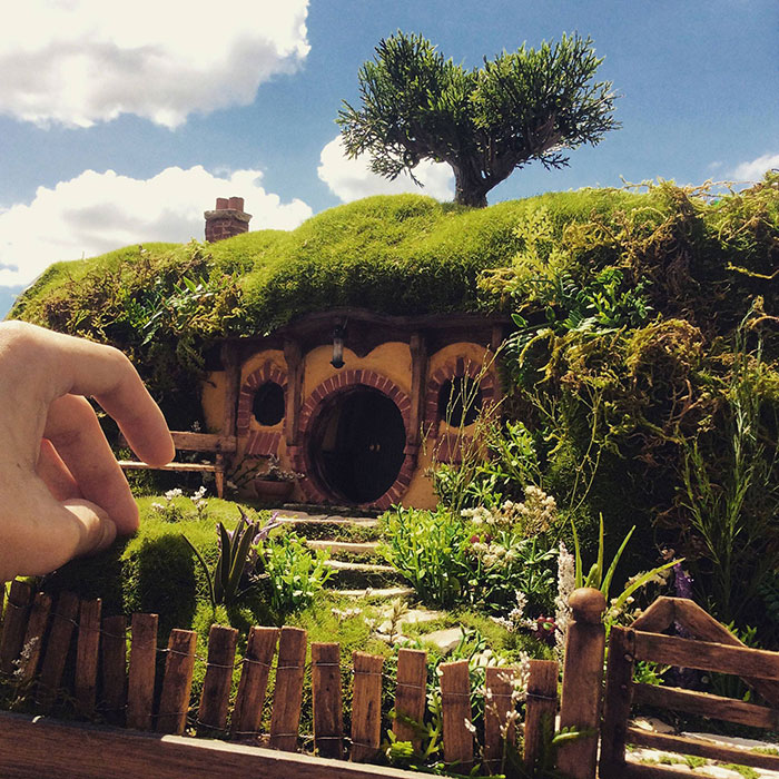 I Make Realistic Hand-Crafted Miniatures And Tiny Worlds In Dioramas
