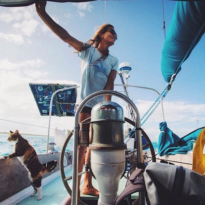sailing-cat-travelling-world-liz-clark-4