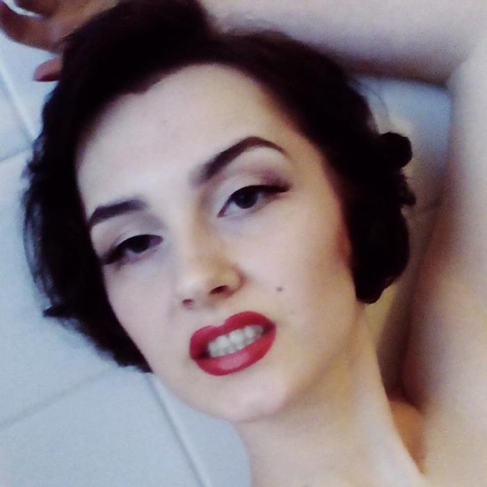 Marilyn Monroe Inspired Look