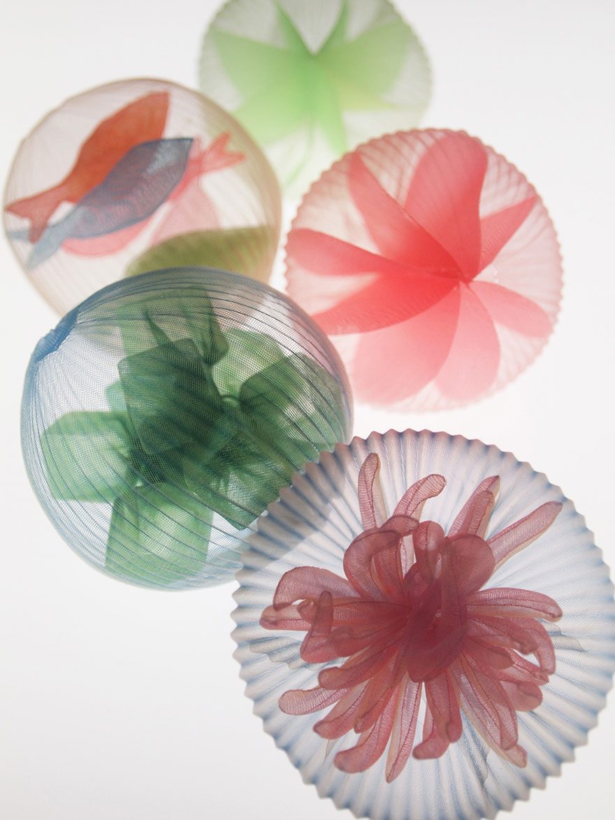 translucent-fabric-jewerly-japan-sculptures-mariko-kusumoto-8