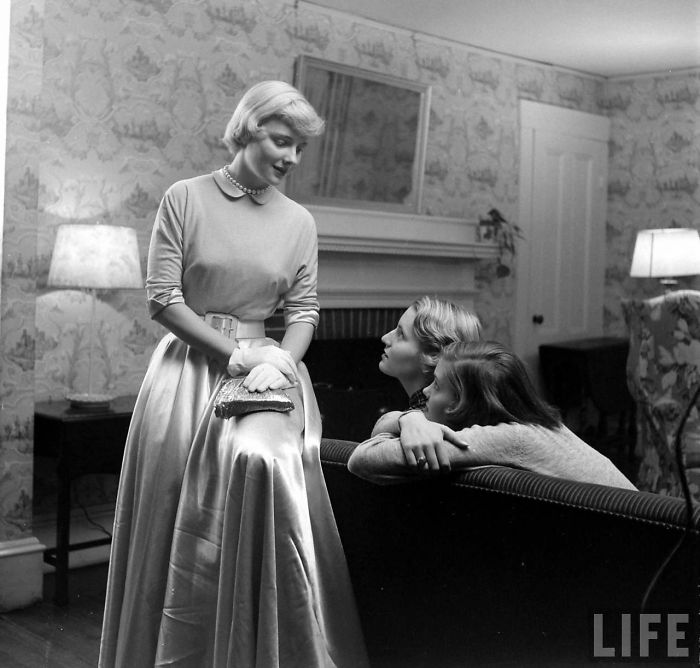 1940s And 1950s Fashion Photography By Nina Leen