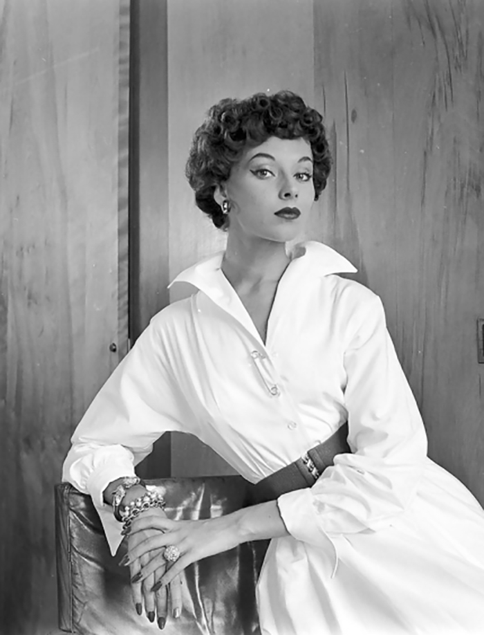 Women In 1940-1950s In Black And White Photos By Nina Leen