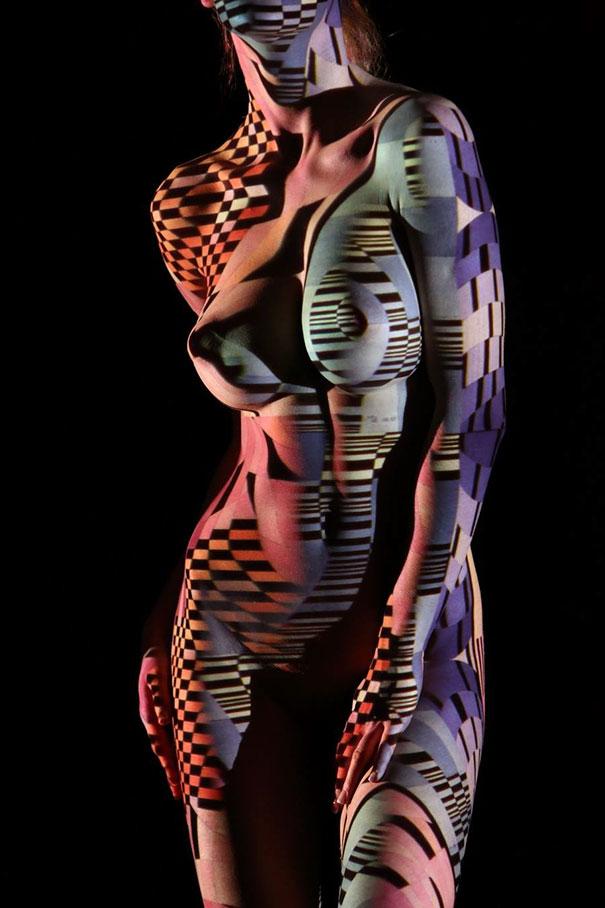 woman-portraits-light-stripes-patterns-shadow-photography-dani-olivier-6