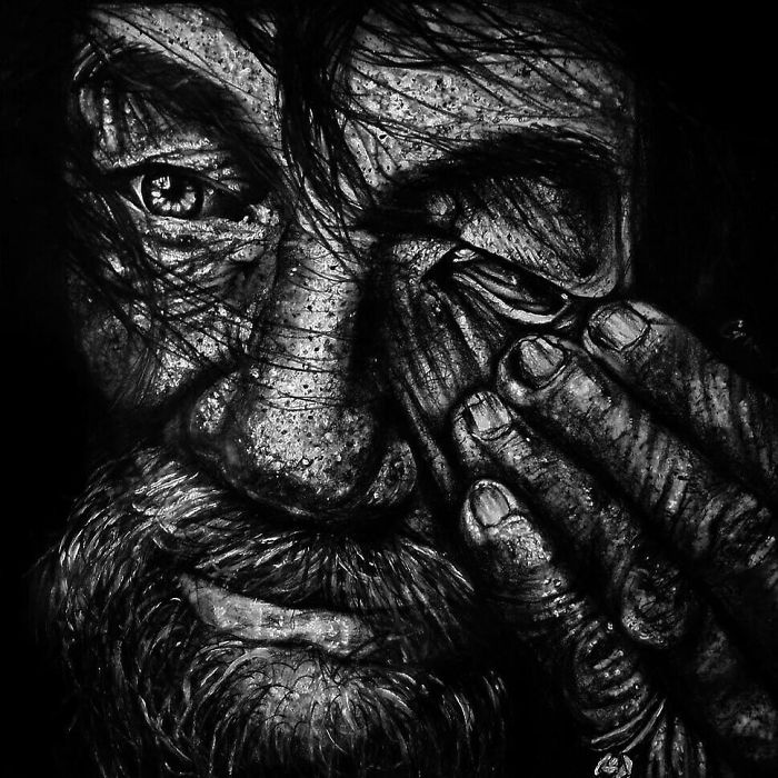 I Recreate Old Homeless People's Portraits In Pencil Drawings Based On Their Photos
