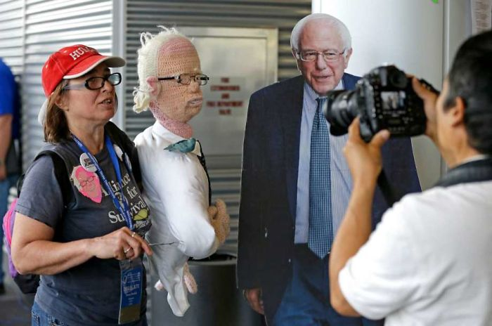 This Is What Happens When You Crochet A Life Sized Bernie Sanders …