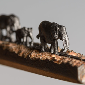I Carved A Family Of Elephants Into A Pencil