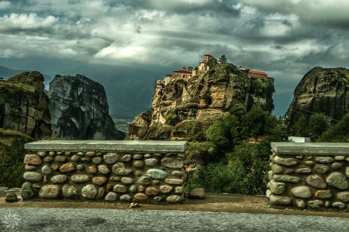 I Visited Meteora – If George Martin Knew About That Place, He Would Have Used It In A Song Of Fire And Ice