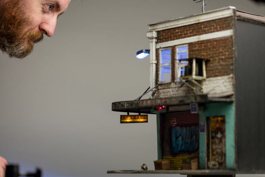 I Create Miniature Urban Landscapes Out Of Cardboard And Wood