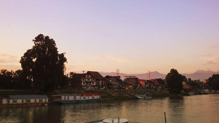Jhelum River In Summer. Srinagar, Kashmir.