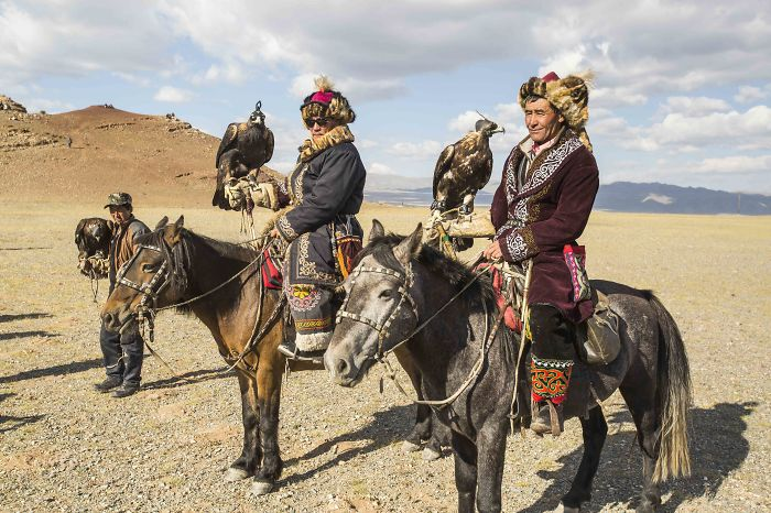 I Spent A Month With The Kazakhs Eagle Hunters In Mongolia
