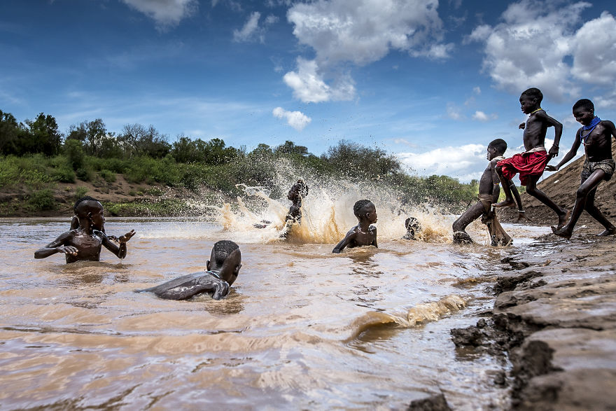 an introduction to the omo river valley Ka'el ceremony - an unusual new year celebration of bodi tribes the bodi or me'en people live close to the omo river in southern ethiopia slim might be in elsewhere but for ethiopia's bodi or me'en people, where big is definitely beautiful.