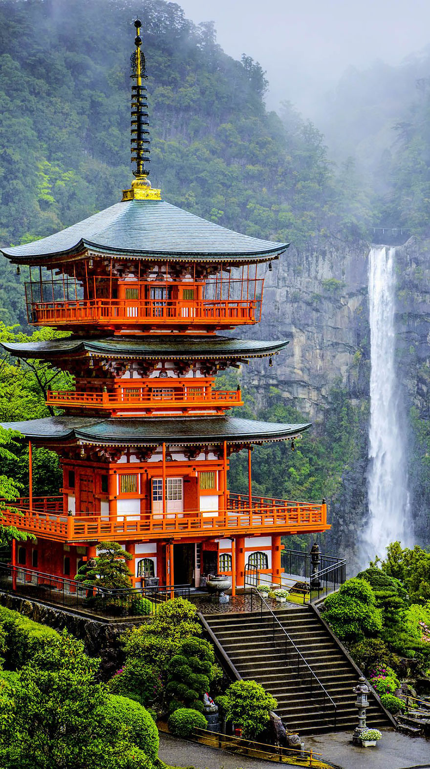 The Pagoda Of Seigantoji And Nachi No Taki Waterfall