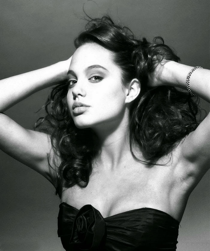 angelina-jolie-young-15-years-old-harry-langdon-21