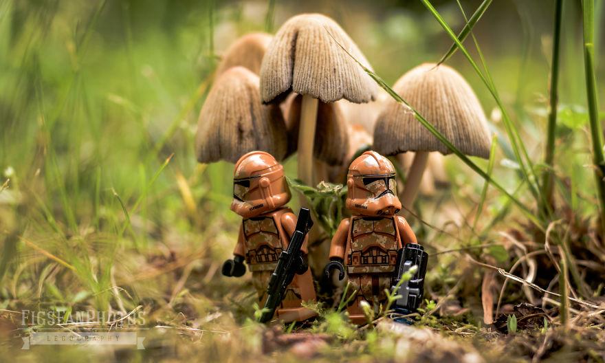 I Recreate Star Wars Scenes With Legos