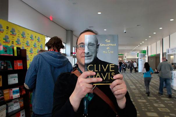 Clive Davis Book Cover