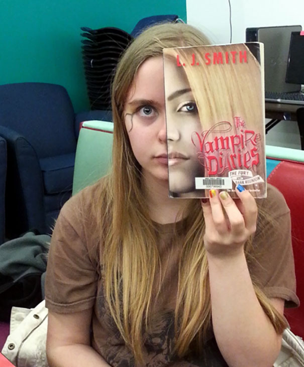 Vampire Diaries Book Cover