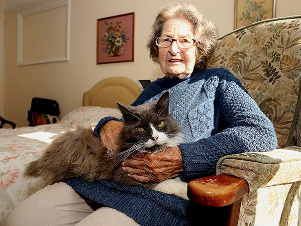 cat-tracks-owner-nursing-home-cleo-nancy-cowen-4
