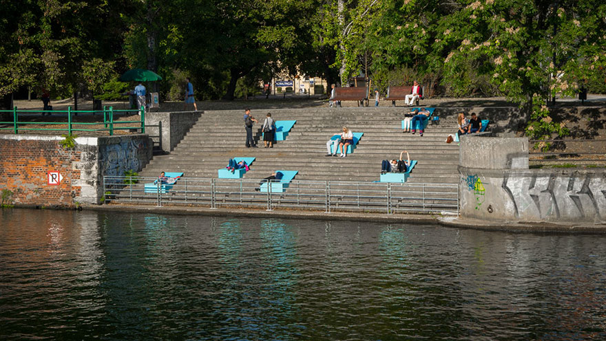 chairs-sunbeds-microinstallation-no-studio-poland-9