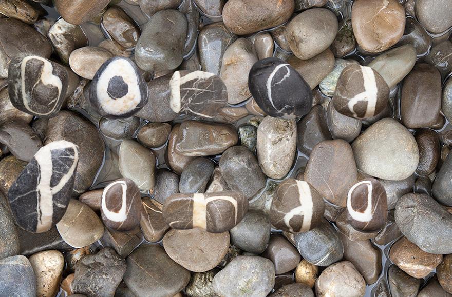 complete-stone-alphabet-swiss-alps-andre-quirinus-zurbriggen-4