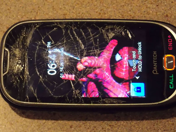 Making The Best Of Cracked Phone Screens? I Did This A Week Ago
