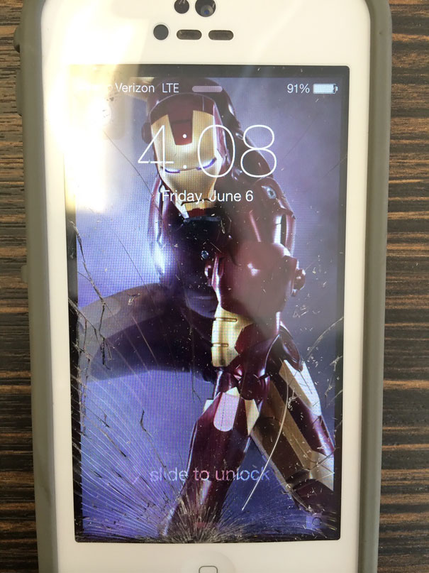 My Friends Screen Cracked In The Perfect Place