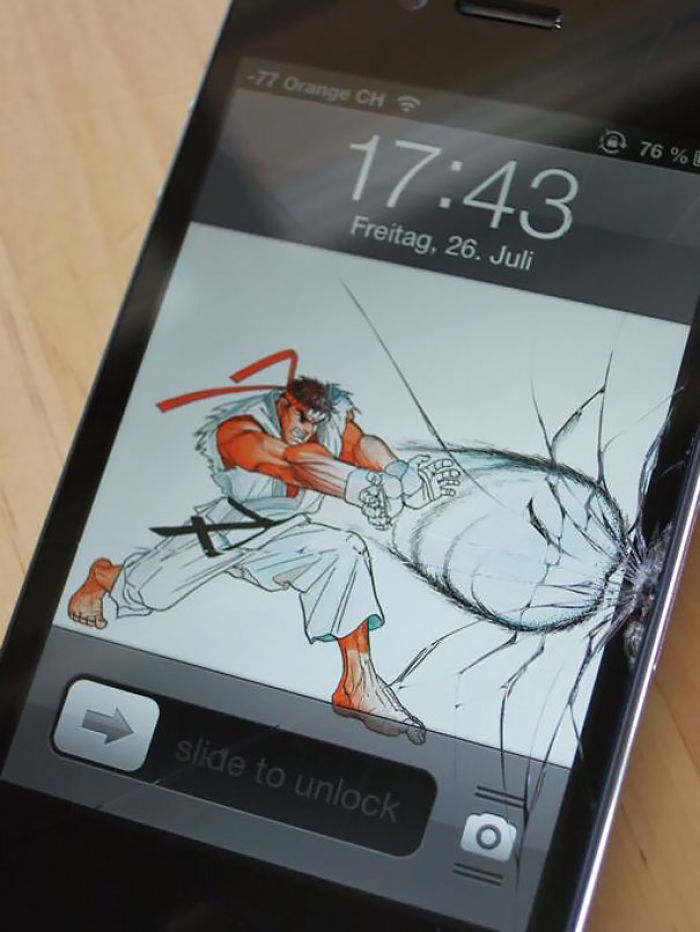 Making The Most Out Of Your Cracked Screen