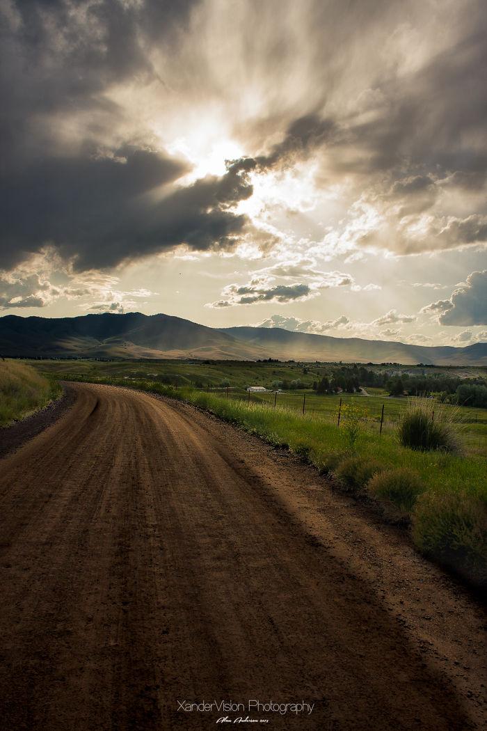Dirt Roads & Memories