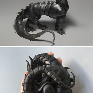 Ball-Jointed Dragon Which Curls Up How You Want