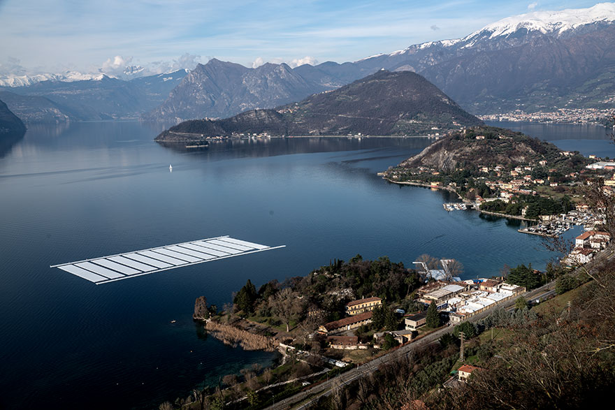 floating-piers-christo-jeanne-claude-italy-6
