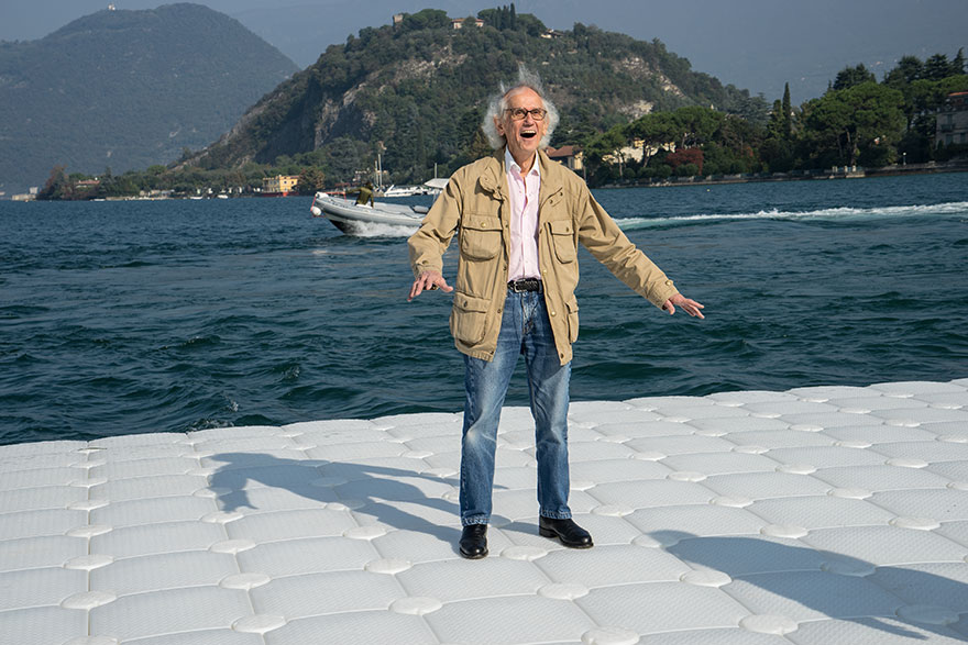 floating-piers-christo-jeanne-claude-italy-8