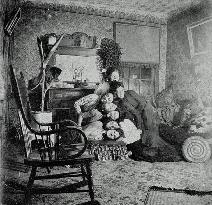 Awkward Family Photo, Victorian Edition