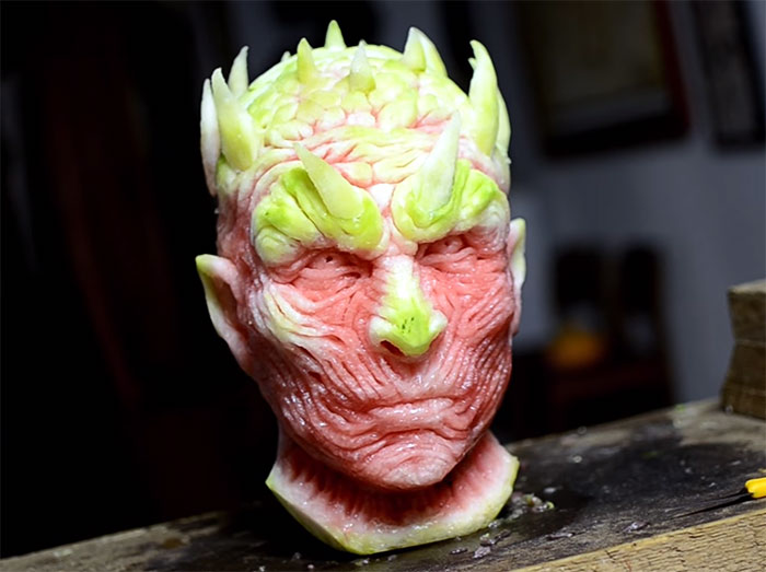 game-of-thrones-watermelon-carving-night-king-white-walker-valeriano-fatica-7