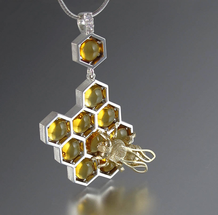 honeycomb-jewelry-bee-winged-lion-17