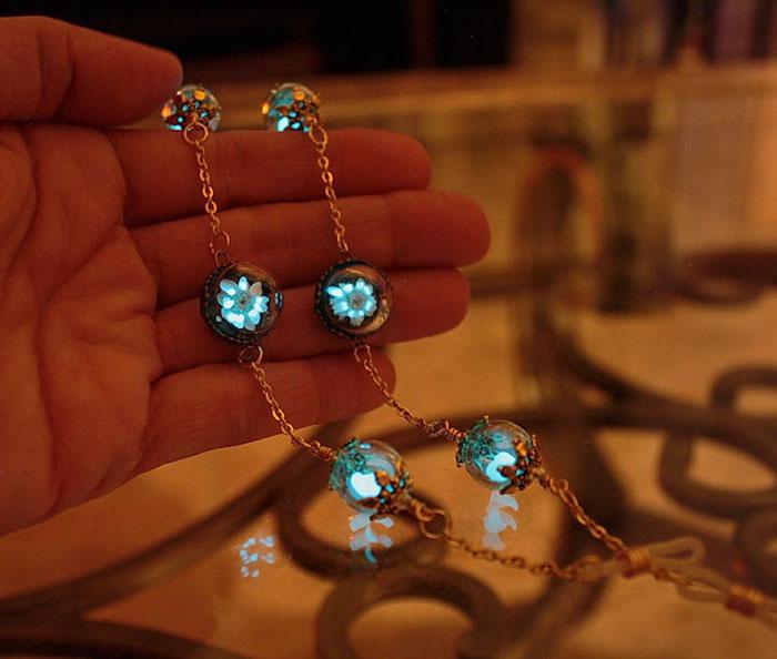 Préférence Glow-In-The-Dark-Jewelry That Will Make You Feel Magical | Bored Panda IA95